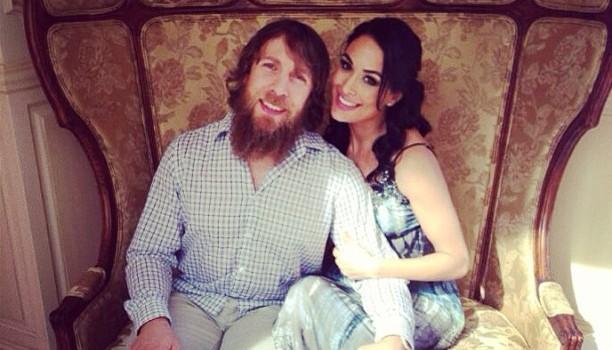 Daniel Bryan y Brie Bella podrían salir campeones de Wrestlemania 30