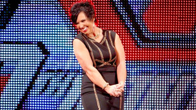 Vickie Guerrero Y Ezekiel Jackson Abandonan La WWE