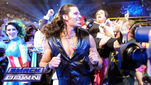 Vince McMahon teniendo dudas sobre Adam Rose