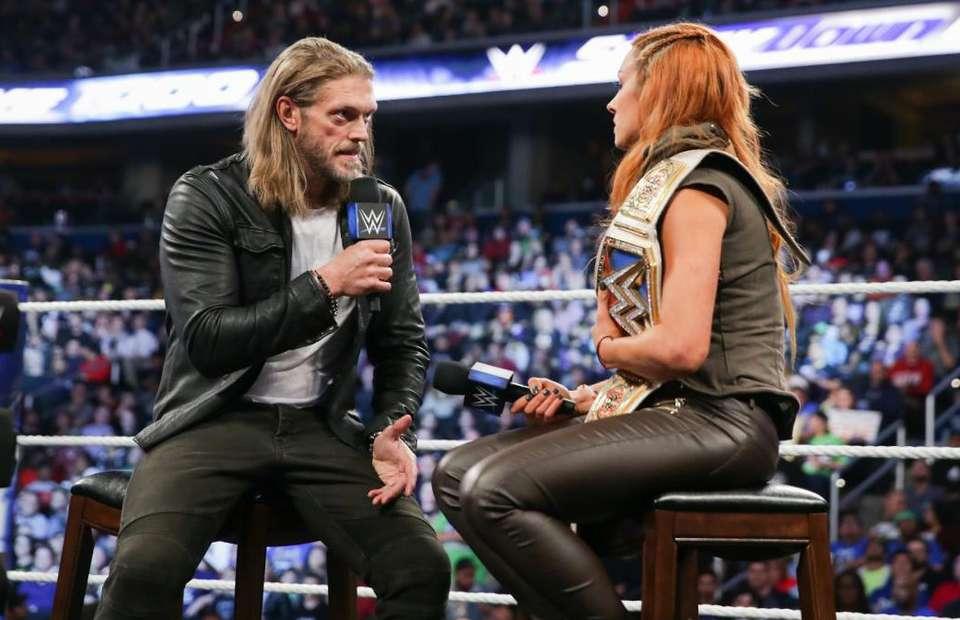 Becky Lynch vs Edge